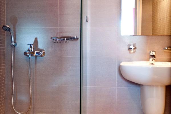 Double Studio Bathroom - IRIS skiathos