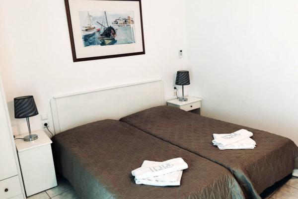 Family Apartment Twin/Double Room - IRIS skiathos